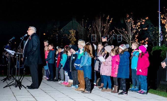 Children singing at WW1 Commemoration